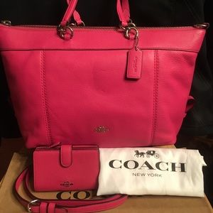 Coach Lenox magenta Pebbled leather+wallet+dustbag